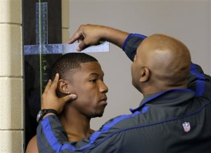 Baylor wide receiver Terrance Williams has his height measured before a work out for NFL scouts during a pro-day workout at Baylor University Wednesday, March 20, 2013, in Waco. (AP Photo/Tony Gutierrez)